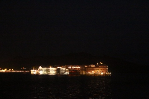 1.1404134744.palace-on-lake-pichola-udaipur