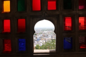 1.1404134744.udaipur-through-the-palace-window