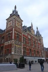 1.1412790104.amsterdam-central