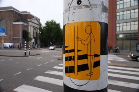 1.1412790104.pedestrian-crossing