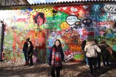 1.1428645662.john-lennon-wall