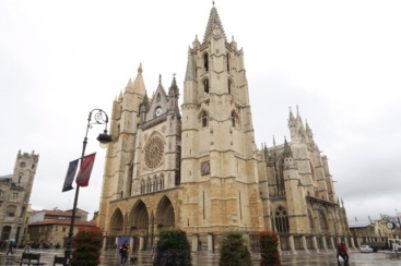 3.1446143398.leon-cathedral